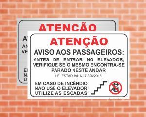 Placa Aviso aos passageiros Lei 7.326. Em caso de incêndio não use o elevador (Cod: EL05)    Adesivo vinil impressão digital Corte Reto