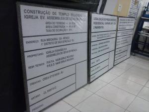 PLACA DE OBRA Galvanizada   ACM   pvc 2mm   Lona sem Estrutura  4x0 Adesivo vinil impressão digital Sarrafo de madeira ou Ilhós (Lona)