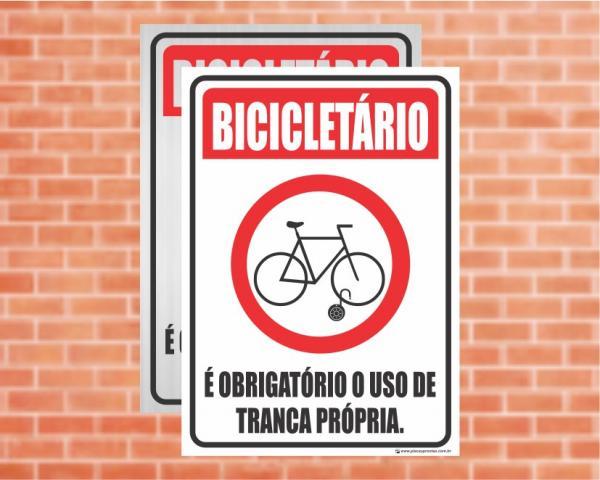 Placa Bicicletário É obrigatório o uso de tranca própria (Cod: ES19)