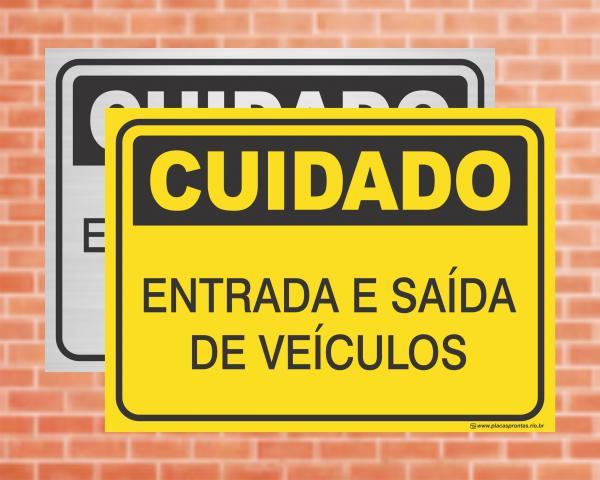 Placa Cuidado Entrada e Saída de Veículos (cod: CU10)